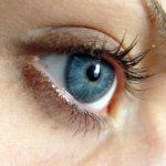 Cernes poches sous les yeux